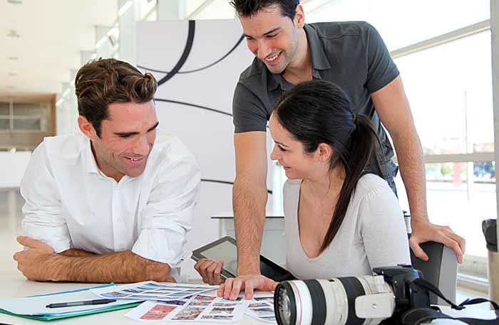 agence-communication-digitale-lausanne-379843822x