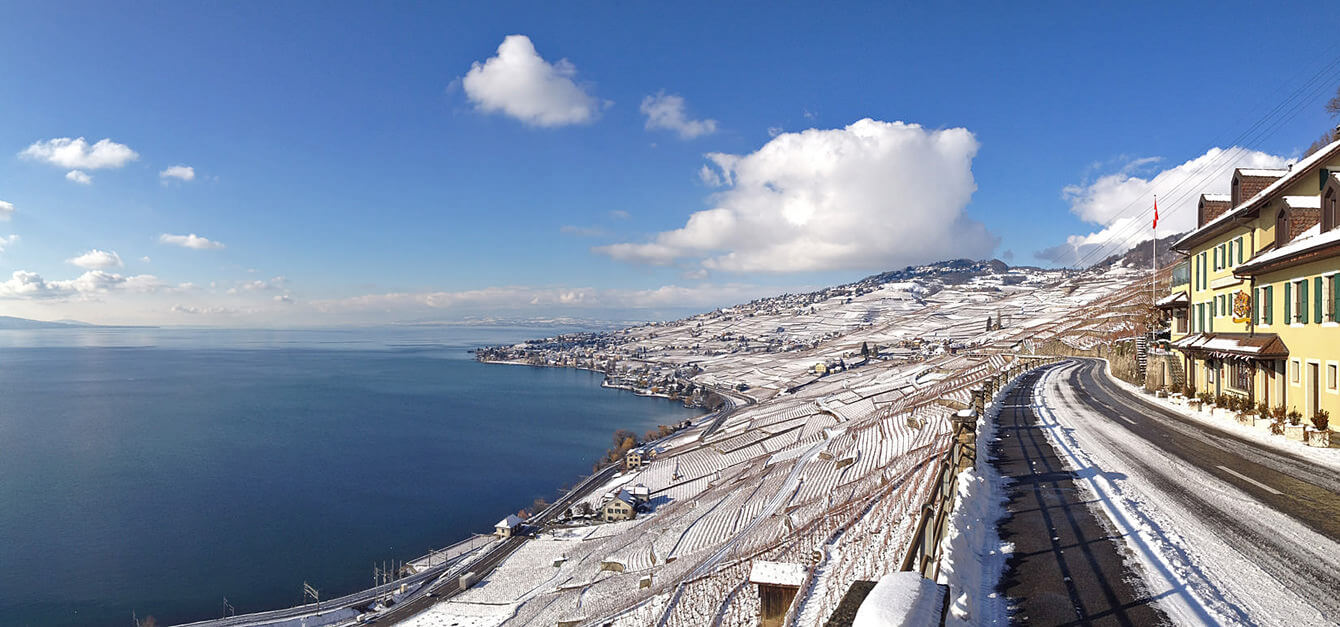 Idealcom cully lavaux vaud suisse neige corniche 2x for Agence architecture suisse