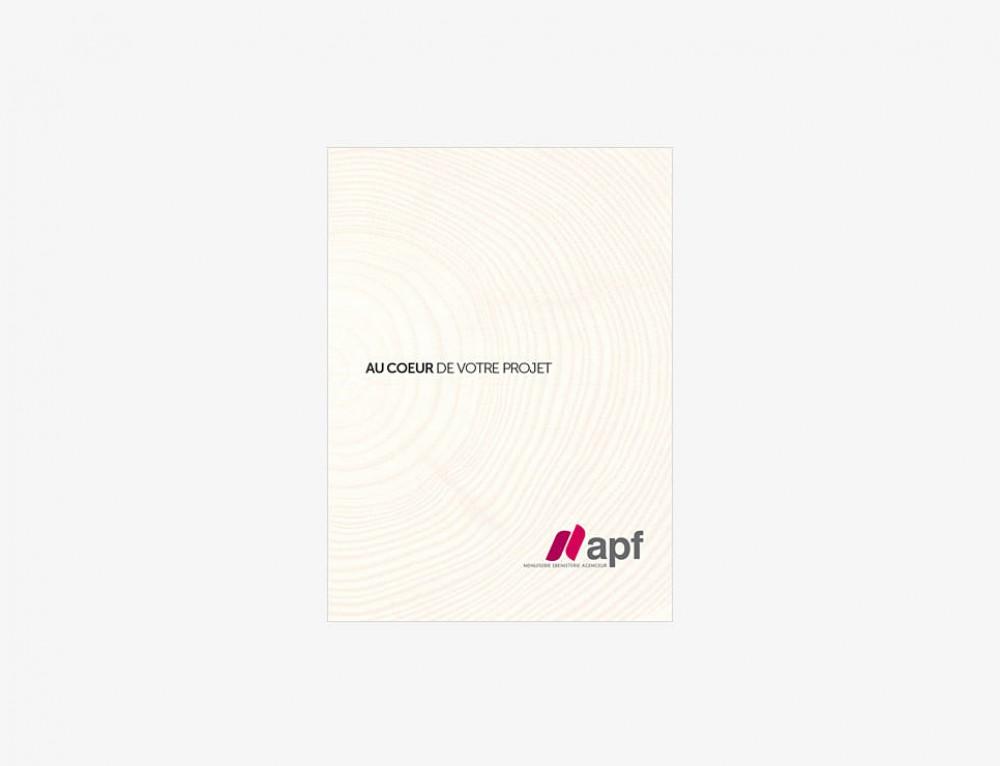APF Menuiserie : réalisation d'une plaquette d'entreprise de 32 pages